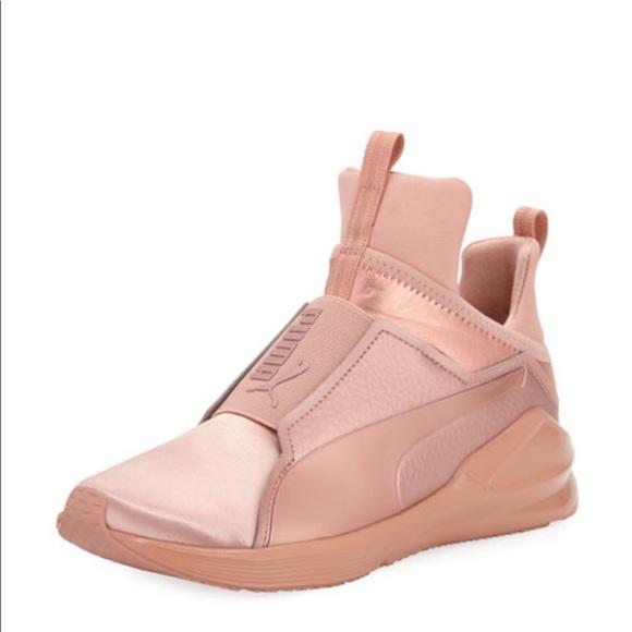 d108d4d4303 Puma Fierce Copper Rose Gold Sneaker. M 5c40fa4d9519963620c6d308